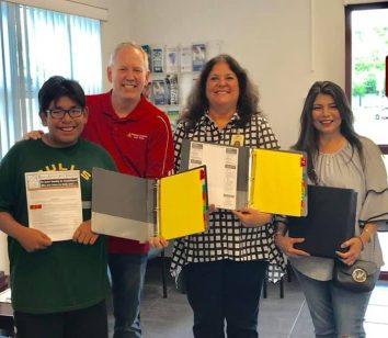 Noyes Family Foundation donates school binders to needy families in Pinellas County schools